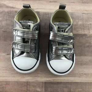 Size 6 CONVERSE silver Velcro girls sneakers NWOT